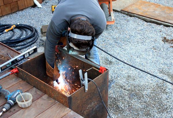 Steel Planter Box Livemodern Your Best Modern Home